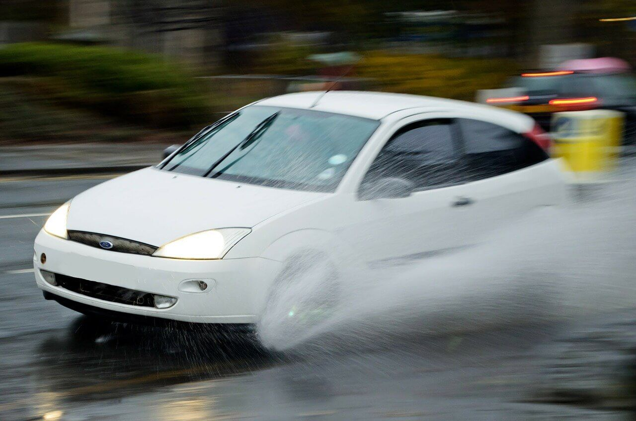 נסיעה בגשם- הכן רכבך לחורף